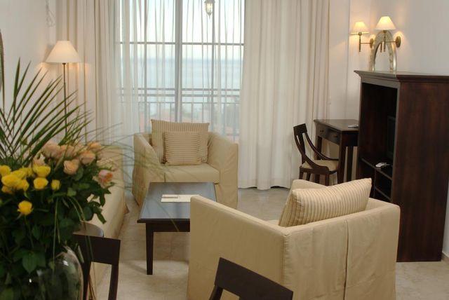 The Cliff Beach Hotel & Spa - Studio